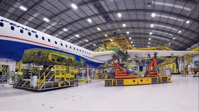Embraer E195-E2