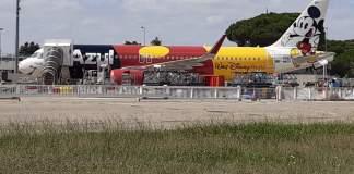 Airbus A320neo Azul Disney Mickey