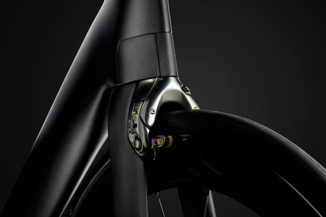 TK16_P1_Madone_Beauty_06_edit
