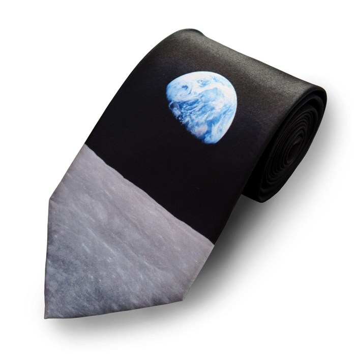 Apollo Earthrise Tie 1