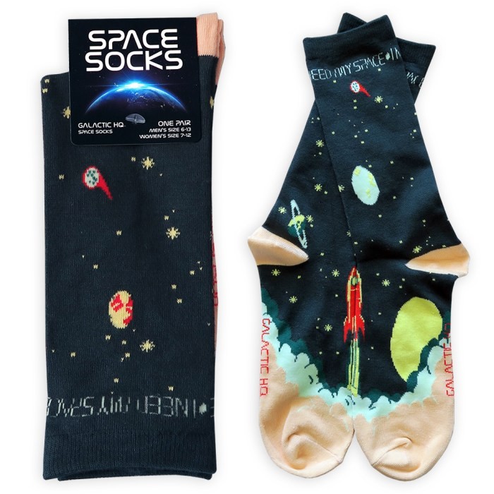 I Need My Space Retro Socks 3
