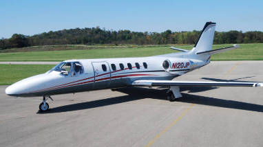 Corporate business private flight charter service