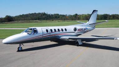 Corporate business private flight charter service
