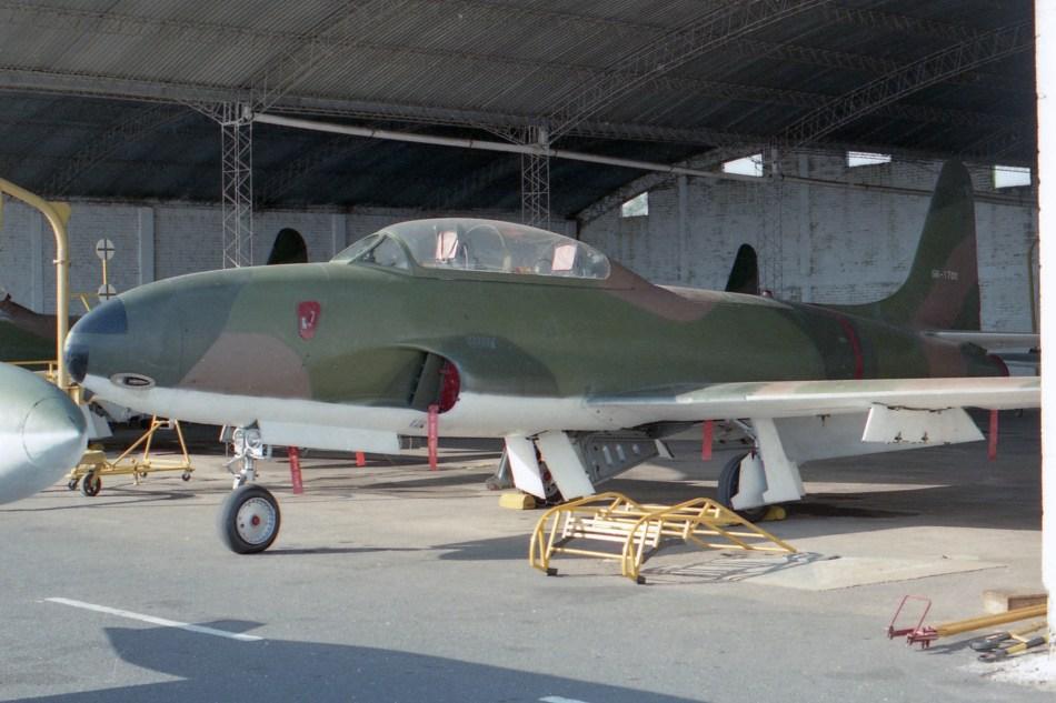 01 Lockheed AT-33A 56-1700 (1020) Asuncion July 91