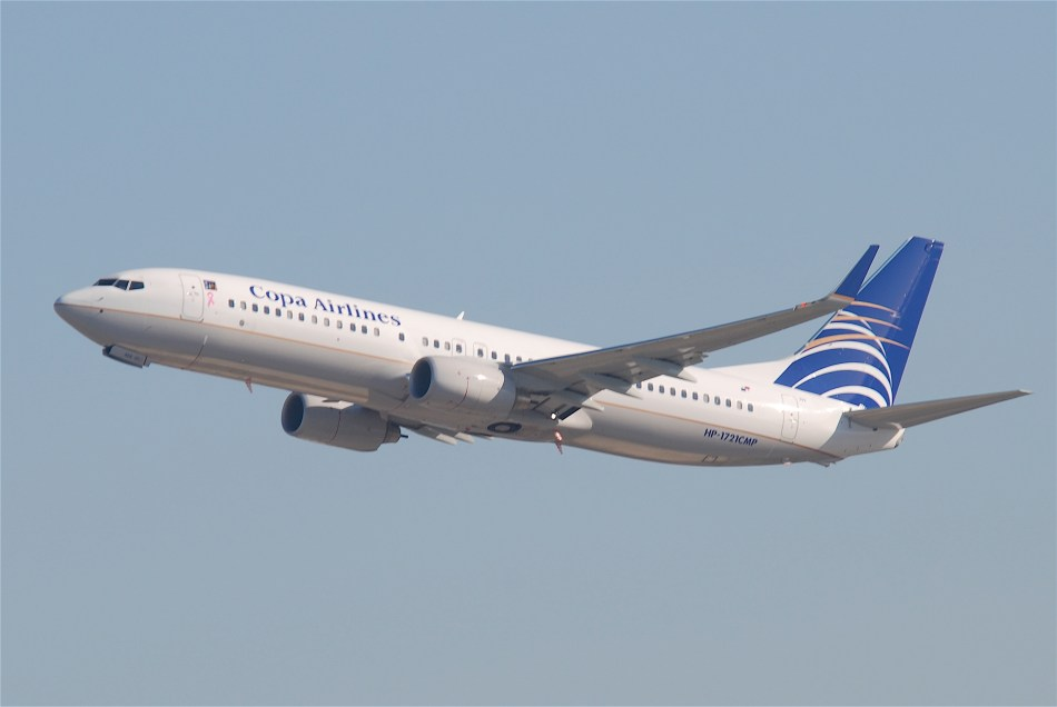 Copa_Airlines_Boeing_737-800;_HP-1721CMP@LAX;10.10.2011_622cb_(6413524885)