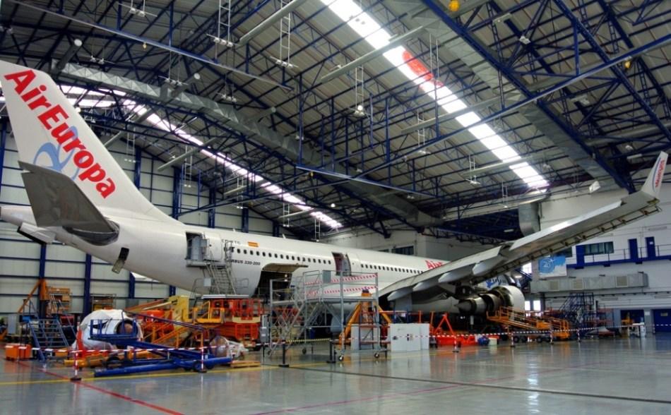 Hangar-AirEuropa-40