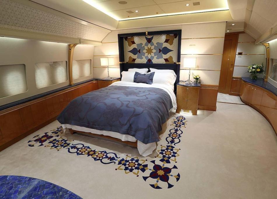 Qatari-747-8-4