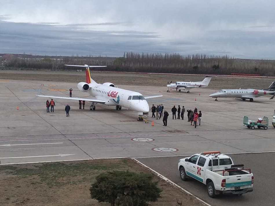 LASA-vuelo-inaugural-NQN-30AGO