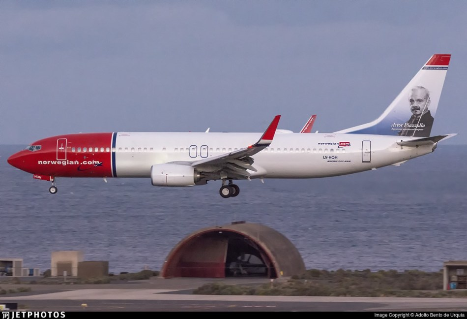 norwegian-air-argentina-lv-hqh