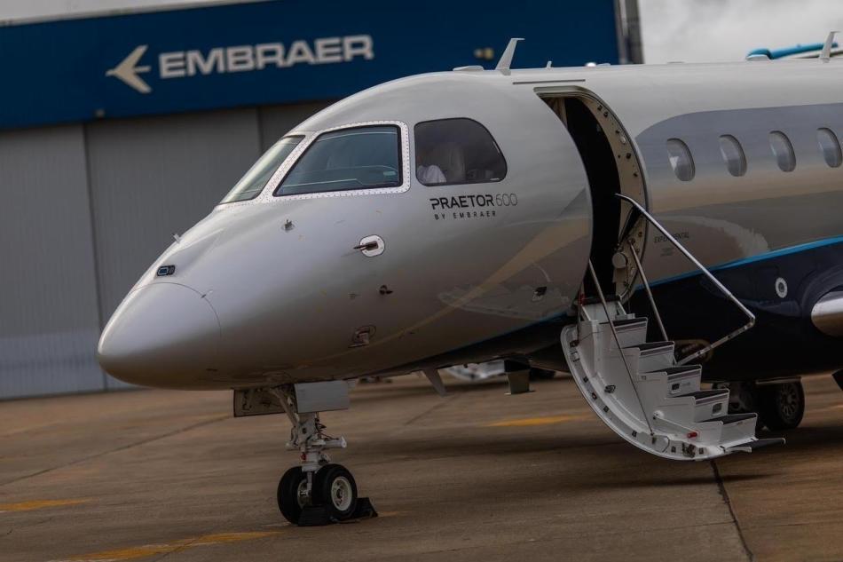 a-embraer-lancou-dois-novos-jatos-executivos-o-praetor-500-e-praetor-600-1541446930648_v2_1280x853