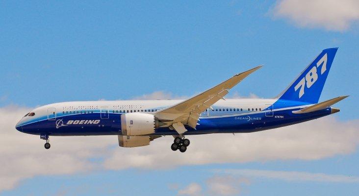boeing-787-dreamliner-n787bx_4_732x400