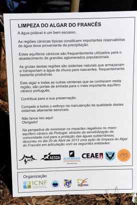 web-r-noticia-2013-04-20-Limpeza-do-Algar-do-Francês-PNSAC_RMF7260