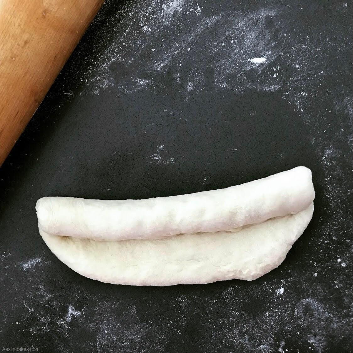Shaping hotdog buns B
