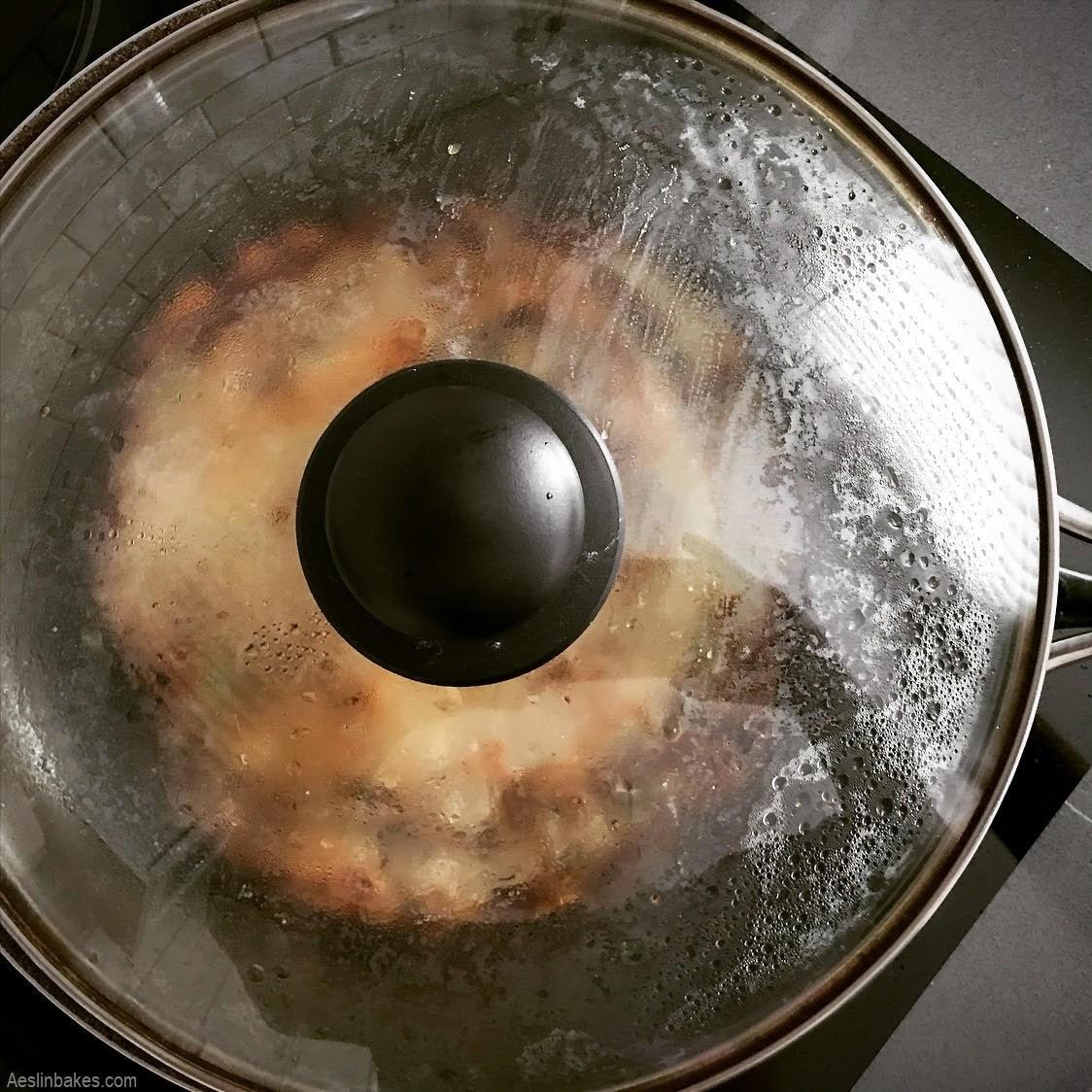 cooking flipped scallion pancake