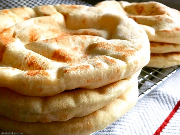fluffy pitas cooling