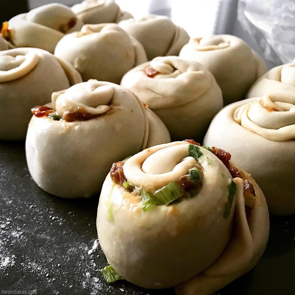 coiled scallion pancakes