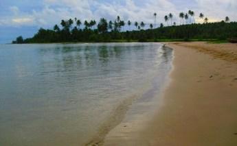 Pantai Lagundri