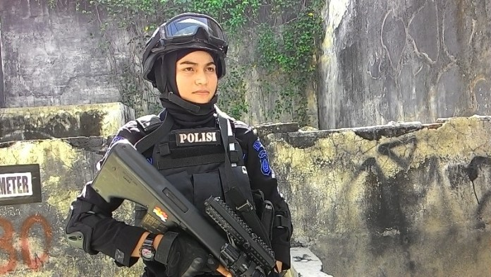 Brimob Berhijab dari Aceh, Wanita Canti Ini Bripda Nina