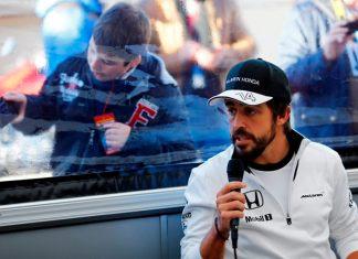 Pembalap McLaren, Membeberkan Pesaing Terberatnya Adalah Tim Mercedes