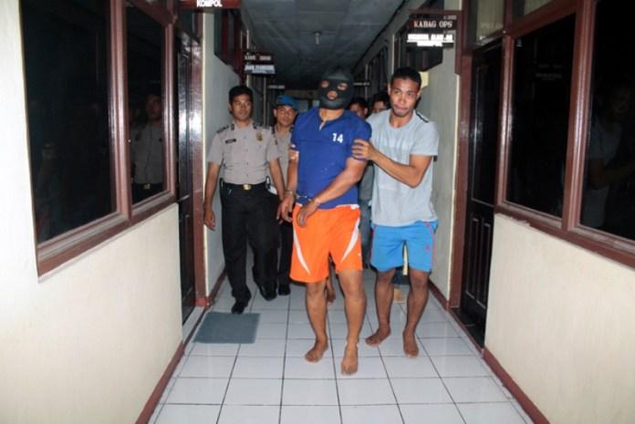 Perampok Nasabah Bank Berhasil Ditangkap Setelah Ditembak Polisi