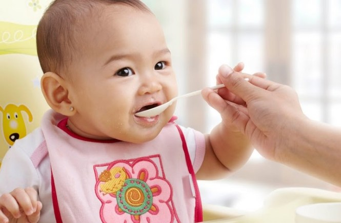 Perhatikan Jika Membeli Makanan Bayi