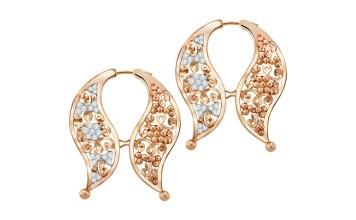 perhiasan tradisional