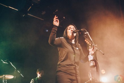 Lucy Spraggan performs at O2 Ritz Manchester in Manchester, UK on March 4, 2017. (Photo: Priti Shikotra/Aesthetic Magazine)