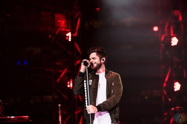 Thomas Rhett performs at NRG Park in Houston on March 15, 2017 during the Houston Rodeo. (Photo: Joey Diaz/Aesthetic Magazine)