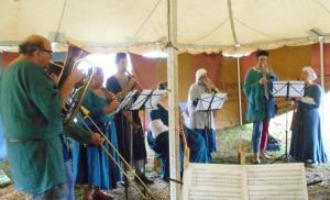 Loud Band Workshop II - THLady Rachel Dalicieux in Blue on Soprano Schalmei (Shawm)