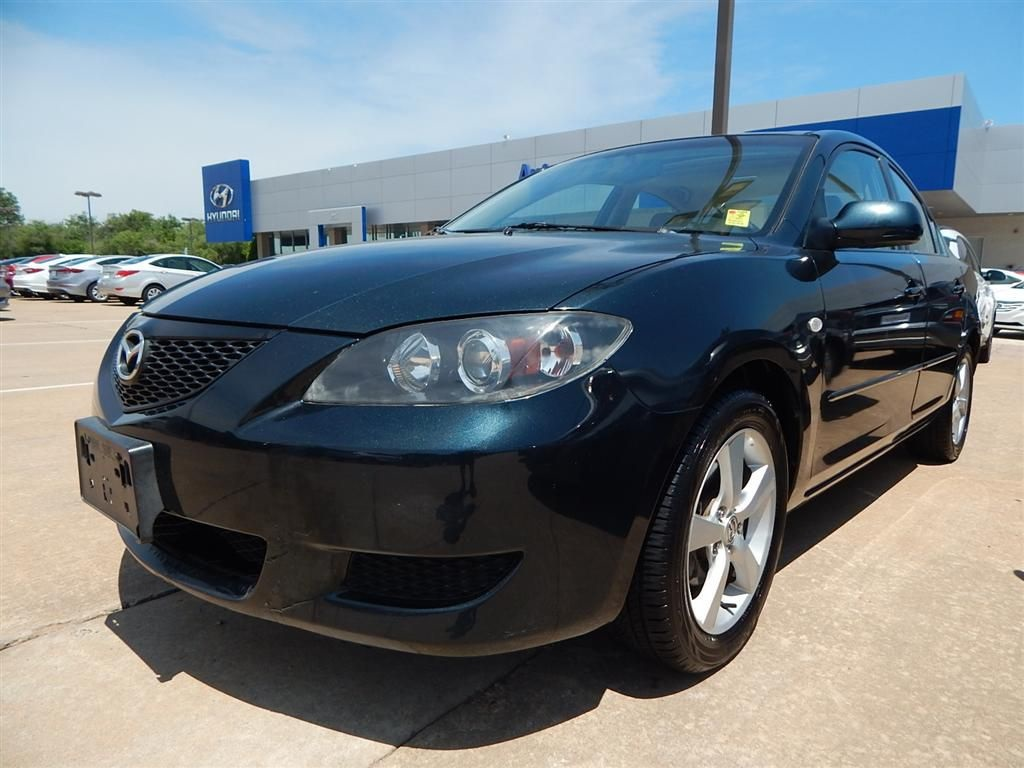 hight resolution of pre owned 2005 mazda3 i base
