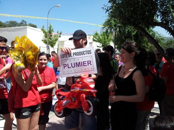 Ganadores de lote de Plumier y la moto de Injusa