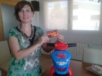 ganadora de la moto de Injusa