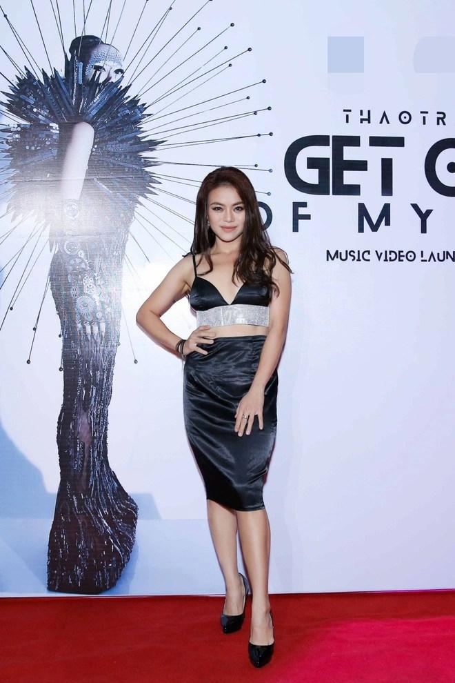 Mẹ đơn thân Thảo Trang: Tôi cố gắng đi hát để kiếm tiền nuôi con - Ảnh 6.