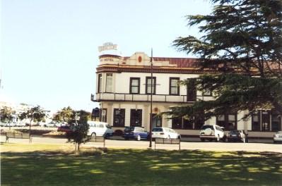 Hotel in Feilding town centre