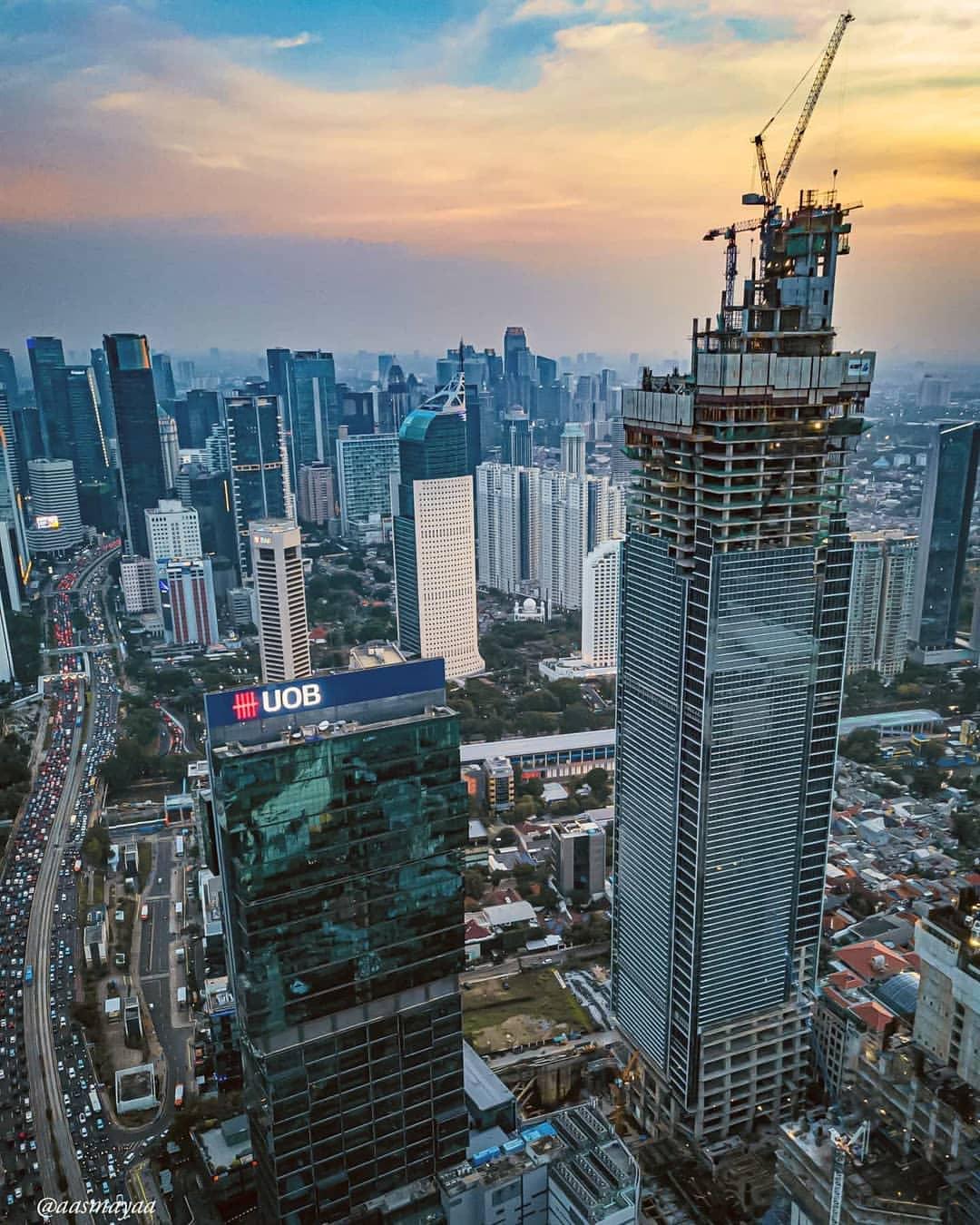 Gedung Tinggi Dari Atas : gedung, tinggi, Mencatat, Pencakar, Langit, Jakarta, Afandri
