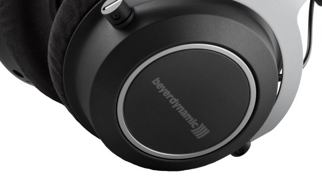 Beyerdynamic Amiron Wireless: prezzo super, audio flop