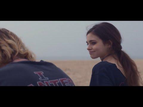 فيلم الرومانسية والإثارة المراهقة