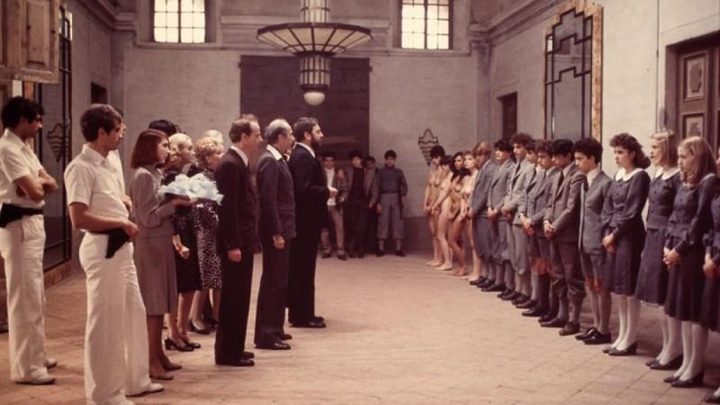 فيلم الدراما الإيطالي Salò, or the 120 Days of Sodom (1975) مترجم