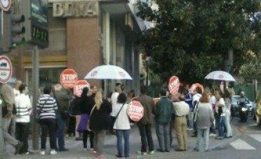 Stop Desahucios Granada 15M. En BBVA 2