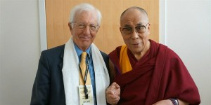 richard_layard_with_dalai_lama__small__600x300