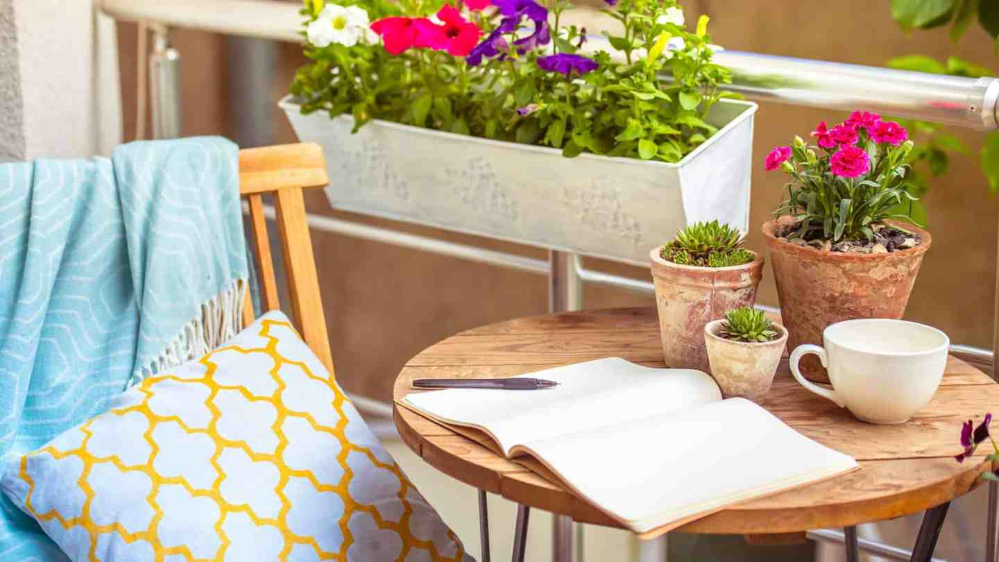 5 ideas to turn your balcony into your favourite hangout spot