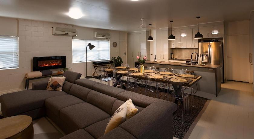Barcaldine Australia Hotels And Accommodation