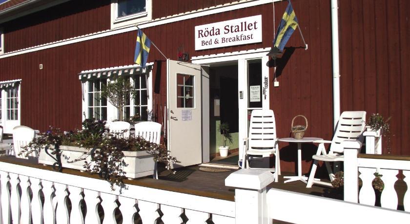 Rda Stallet Bed  Breakfast  Hjo  Bedandbreakfasteu