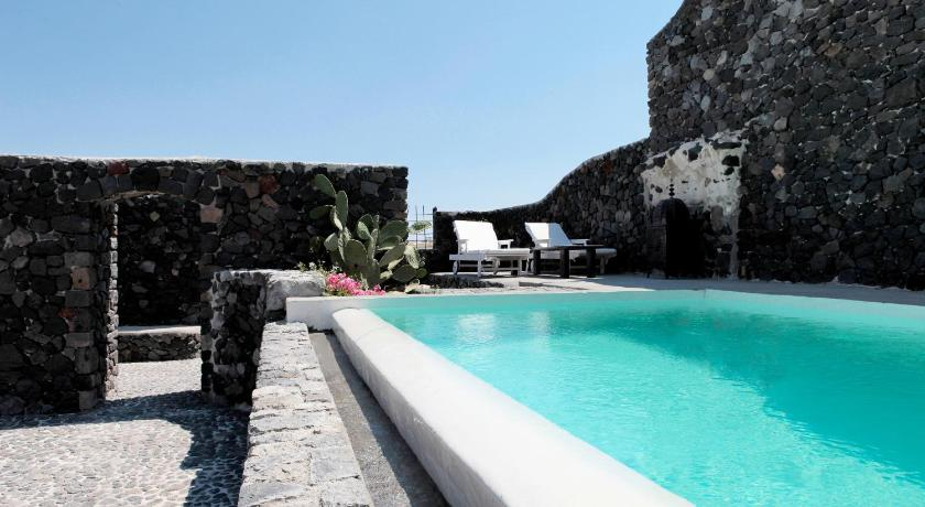 Santorini Heritage Villas Megalochori Greece