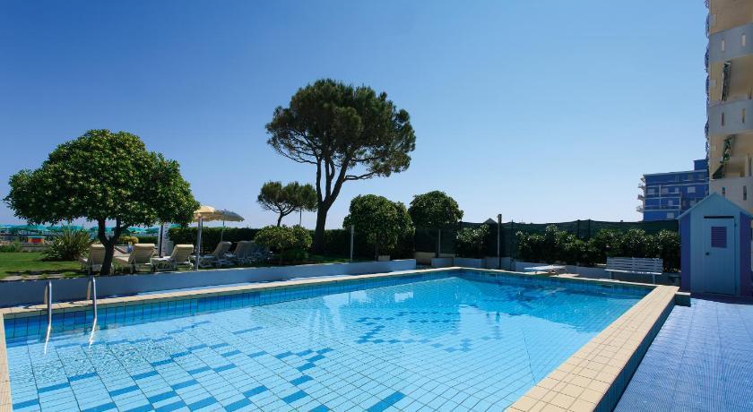 Hotel Croce Di Malta Photos Opinions Book Now Lido Di