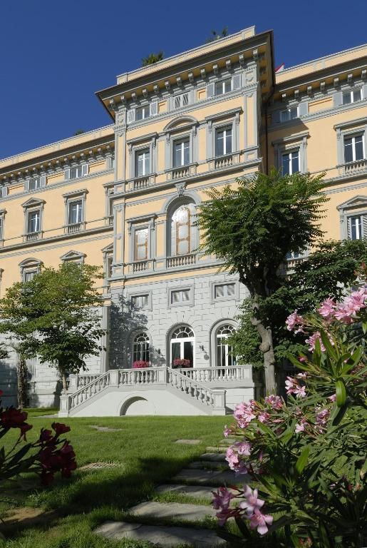 Nh Grand Hotel Palazzo Starting From 89 Eur Hotel In