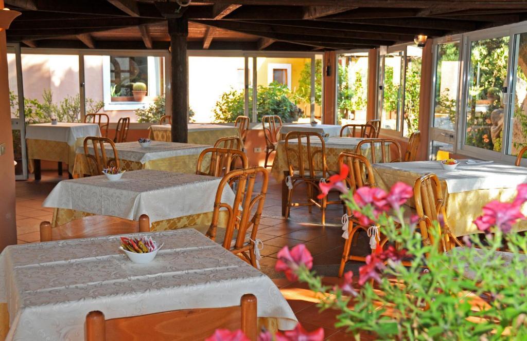 Hotel Il Piccolo Golf Hotel In Porto Cervo Italy