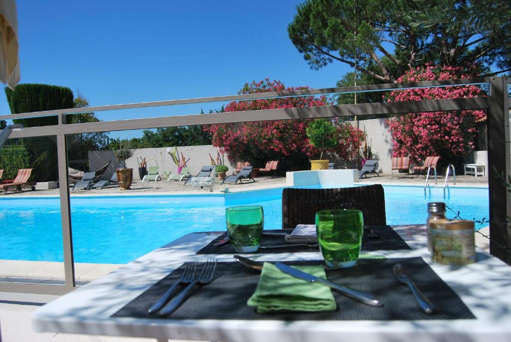 Les Aubuns Country Hotel Starting From 75 Eur Hotel In