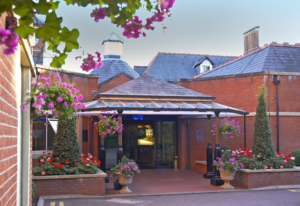 Hilton St Annes Manor Starting From 51 Gbp Hotel In