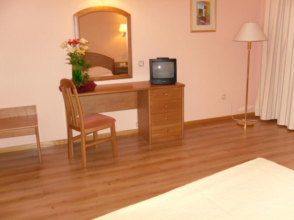 Grande Hotel Dom Dinis Starting From 49 Eur Hotel In